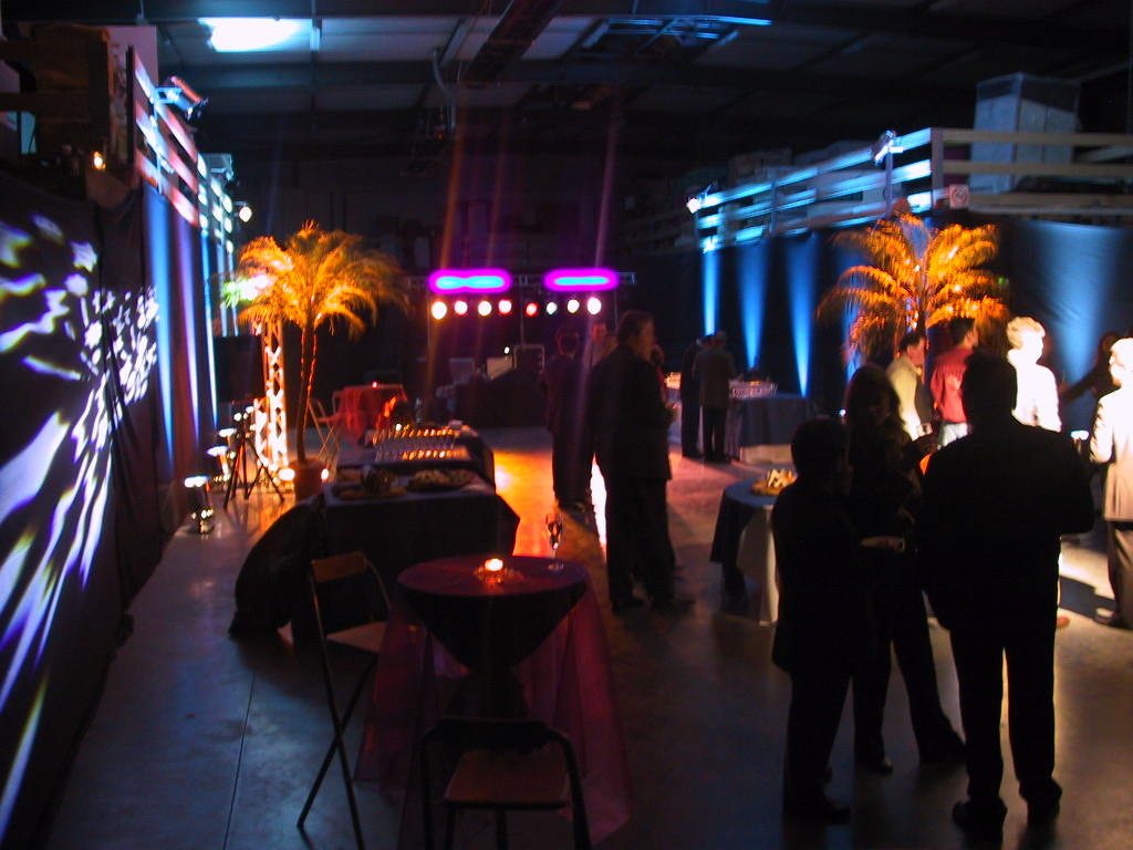 inauguration-location-mobilier-eclairage