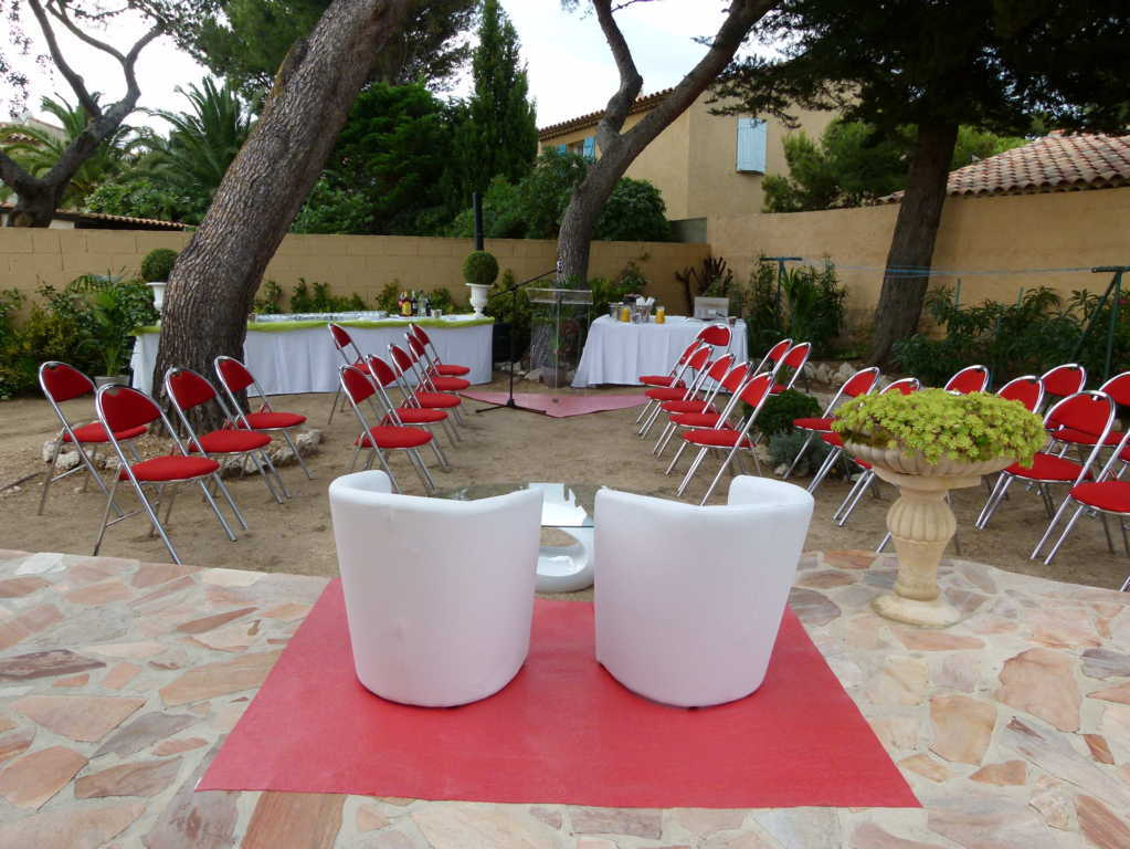 location-chaise-pliante-fauteuil-ceremonie laique-mariage